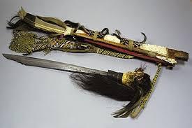 Asal Muasal Mandau Senjata Tradisional Suku Dayak