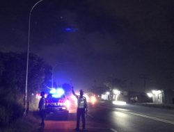 Menindak Lanjuti Anev Dirlantas Polda Banten, Panit Lantas Polsek Cikande Polres Serang Beserta Anggota Patroli Di Malam Hari